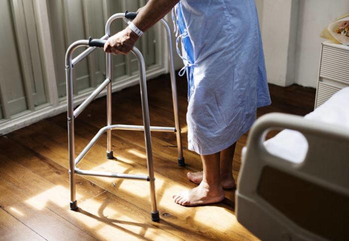 Czym jest stwardnienie rozsiane? Przyczyny, objawy oraz leczenie